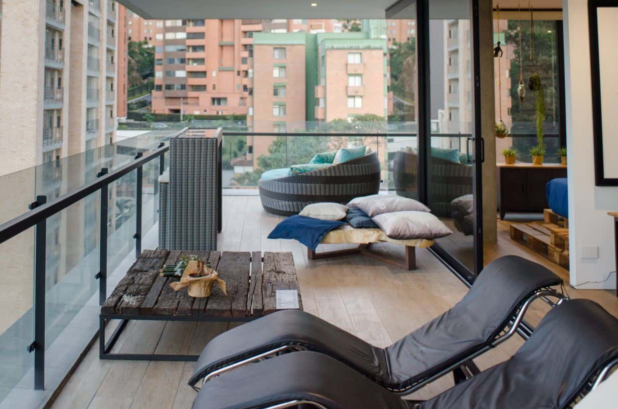 Best Places to Stay in Medellin for Single Travelers